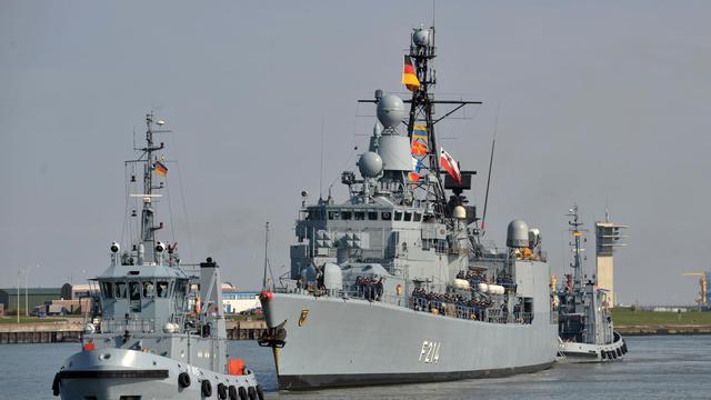 Une frégate allemande rentrant au port le 20 avril 2012 après une mission dans le golfe d'Aden, dans le cadre de l'opération Atalante [Carmen Jaspersen / DPA/AFP/Archives]