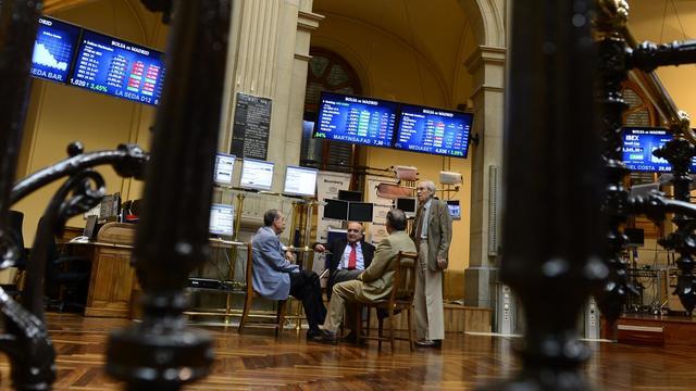 Des courtiers le 18 juin 2012 à la Bourse de Madrid [Javier Soriano / AFP/Archives]