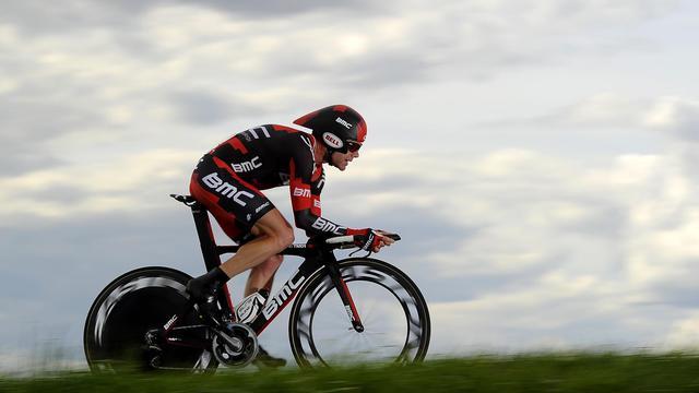 """L'Australien Cadel Evans a mis un terme à sa saison, """"afin de reposer son genou droit endolori"""", et ne disputera notamment pas les Championnats du monde 2012 sur route (19-23 septembre), a annoncé mardi son équipe BMC[AFP]"""