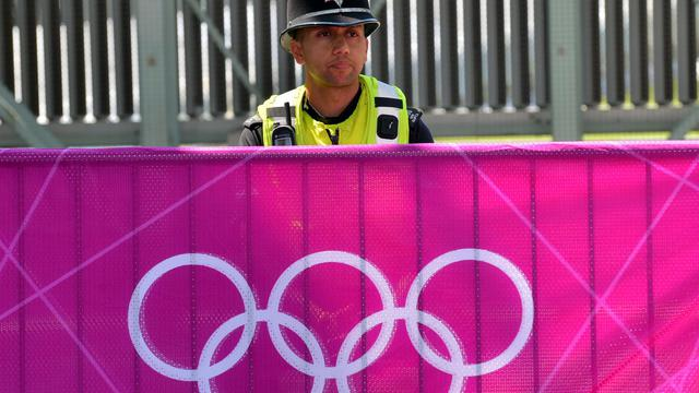 Il faudra deux ans à l'armée britannique pour se remettre des jeux Olympiques, pour lesquels elle a dû mobiliser plus de 18.000 hommes afin d'assurer la sécurité, a déclaré mardi au Guardian le responsable de la planification des Jeux au sein de l'armée.[AFP]