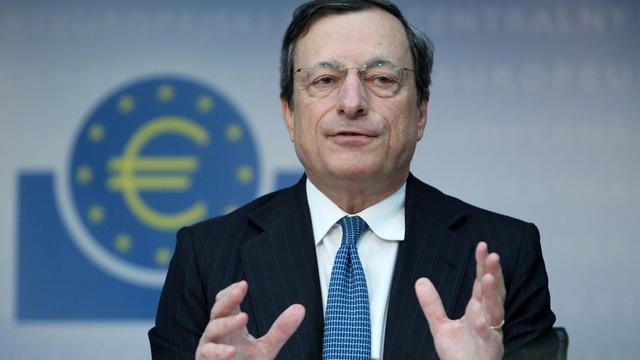 L'espoir d'une intervention ciblée de la Banque centrale européenne (BCE) a fait chuter les taux d'emprunt de court terme des pays les plus vulnérables de la zone euro, une aubaine passagère pour ces Etats mais qui ne règle pas sur le fond leurs problèmes financiers.[AFP]