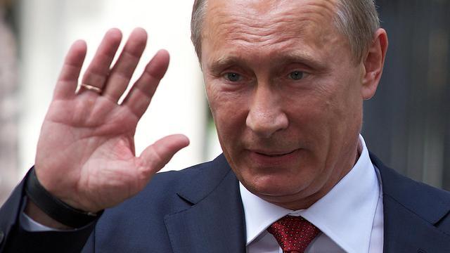 Le président russe Vladimir Poutine fête mardi les cent jours depuis son retour au Kremlin, une date passée quasi-inaperçue en Russie, dirigée depuis plus d'une décennie par l'ex-agent du KGB.[AFP]