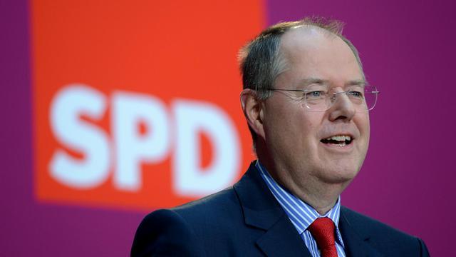 Le candidat des sociaux-démocrates allemands (SPD) à la chancellerie, Peer Steinbrück, à Berlin le 28 septembre 2012 [Johannes Eisele / AFP]