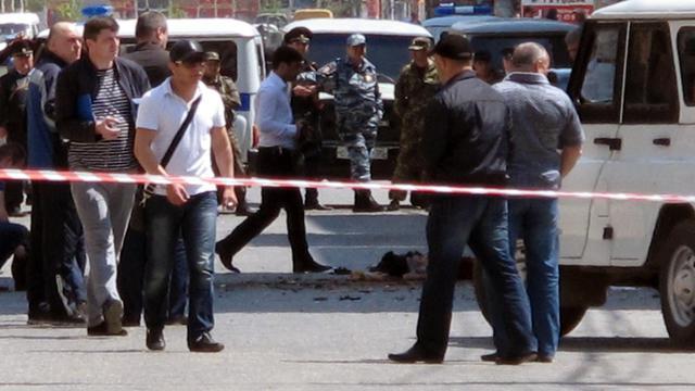 La scène d'une explosion à Makhatchkala, au Daguestan, le 1er mai 2013 [Suleyman Aliev / Newsteam/AFP/Archives]