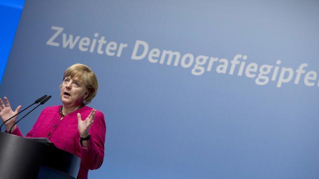 La chancelière allemande Angela Merkel s'exprime le 14 mai 2013 à l'occasion de la 2e conférence consacrée à la démographie [John Macdougall / AFP/Archives]