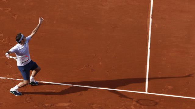 Roger Federer, lors de son 2e tour de Roland-Garros contre l'Indien Somdev Devvarman, le 29 mai 2013 à Paris [Thomas Coex / AFP]