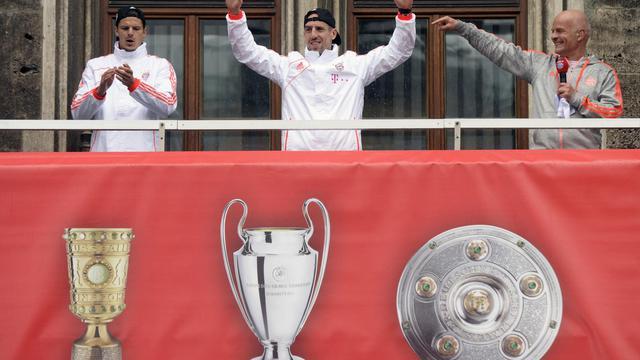 Franck Ribery (c), le 2 juin 2013 après la victoire du Bayern Munich dans la coupe d'Allemagne [Christof Stache / AFP]