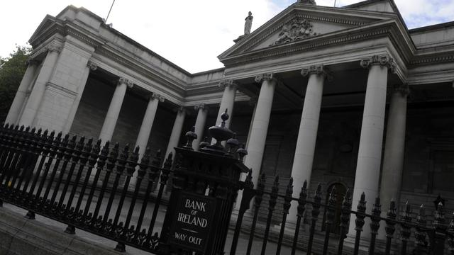 Le Fonds monétaire international (FMI) a approuvé mercredi le versement d'un prêt de 920 millions d'euros à l'Irlande dans le cadre de la ligne de crédit de 23,5 milliards d'euros accordée au pays en 2010 pour lui éviter la faillite, selon un communiqué du FMI.[AFP]