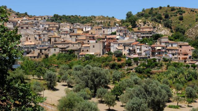 Un village de Calabre [Mario Laporta / AFP/Archives]