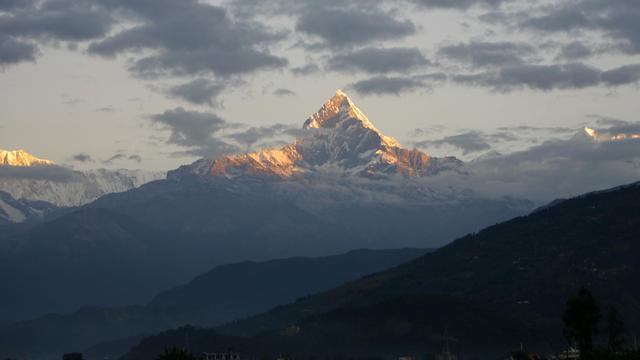 Vue de montagnes au Népal [Prakash Mathema / AFP/Archives]