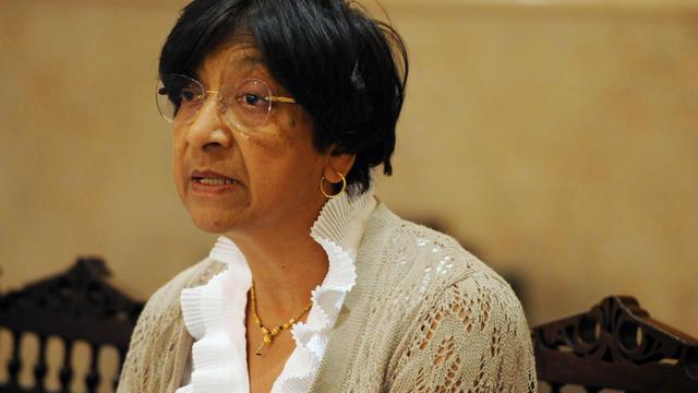"""La Haut-Commissaire de l'ONU aux droits de l'Homme Navi Pillay s'est dit """"inquiète"""" suite aux récentes fermetures de camps de Roms en France et a demandé à Paris de faire des """"efforts supplémentaires"""" pour intégrer ces personnes. [AFP]"""