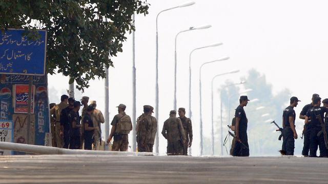 Des militaires et des policiers pakistanais [Arif Ali / AFP/Archives]