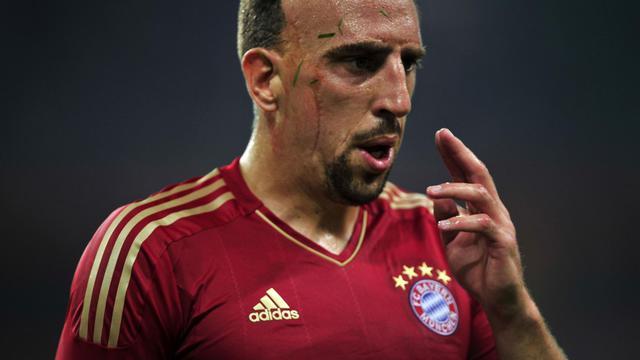 Franck Ribéry of Bayern Munich takes a break during a match in Guangzhou, south China's Guangdong province on July 26, 2012. Bayern Munich beat Wolfsburg 2-1. AFP PHOTO/ STR[AFP]