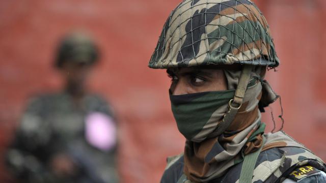Un policier indien [Tauseef Mustafa / AFP/Archives]