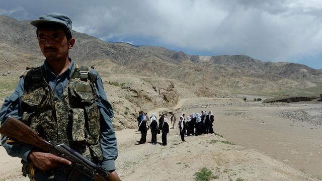 Un policier afghan dans la province de Baghlan, le 7 mai 2013 [Shah Marai / AFP/Archives]