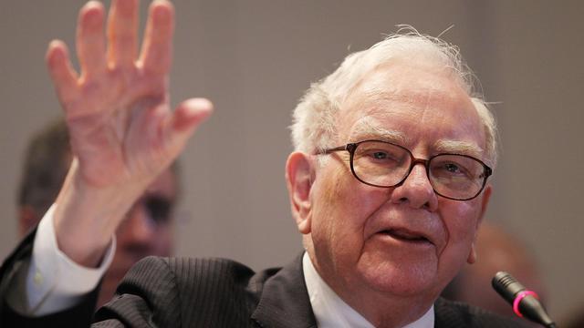 L'investisseur américain Warren Buffett , PDG de Berkshire Hathaway, le 2 juin 2010 à New York [Mario Tama / Getty Images/AFP/Archives]