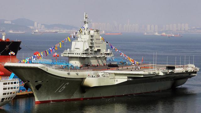 le Liaoning, premier porte-avions chinois, le 24 septembre 2012 à Dalian [ / AFP]