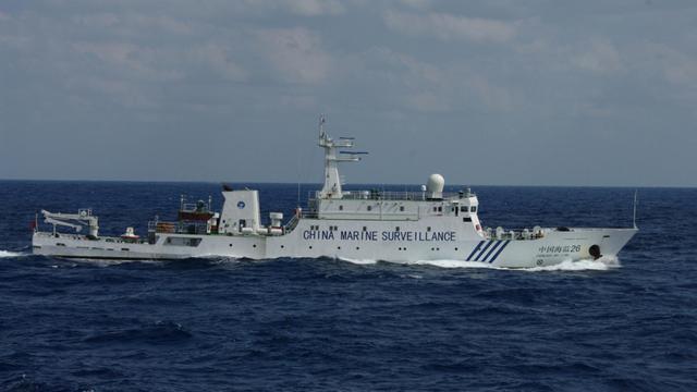 Photo publiée par les garde-côtes japonais d'un navire gouvernemental chinois au large des îles Senkaku, le 2 octobre 2012 [ / Japan Coast Guard/AFP]