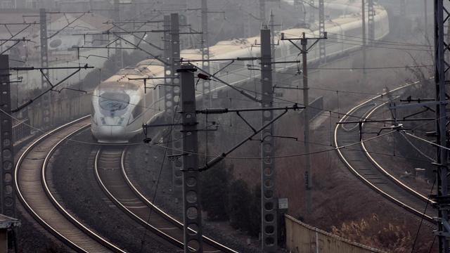 Un train à Qingdao, en Chine, le 17 janvier 2013 [ / AFP/Archives]