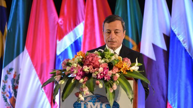 Mario Draghi, président de la Banque centrale européenne, le 3 juin 2013 à Shanghai [Peter Parks / AFP]