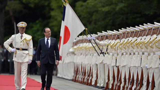 François Hollande lors d'une cérémonue au Palais impérial, à Tokyo, le 7 juin 2013 [Franck Robichon / AFP]