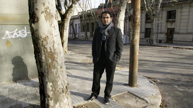 L'écrivain colombien Juan Gabriel Vasquez, le 28 juin 2011 à Montevideo, en Uruguay [Panta Astiazaran / AFP/Archives]
