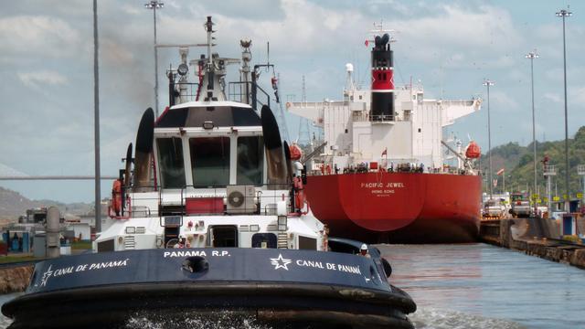 Le canal de Panama souffle mercredi ses 98 bougies sur fond de retards accusés par ses travaux d'élargissement qui devraient reporter à 2015 l'inauguration de la nouvelle voie navigable au lieu de 2014, année de son centenaire.[AFP]