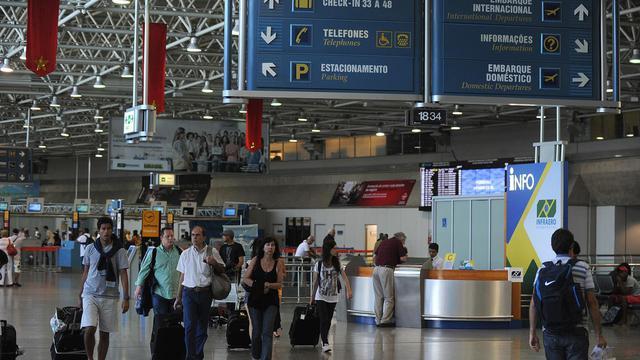 Vue générale d'un des terminaux de l'aéroport international de Rio de Janeiro, le 20 décembre 2012 [Antonio Scorza / AFP/Archives]