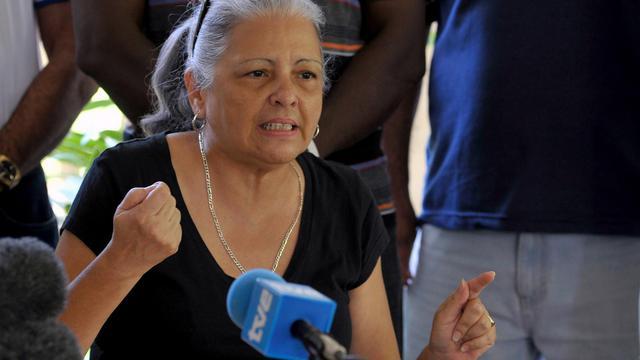 """L'opposante cubaine Marta Beatriz Roque se trouve dans un """"état critique"""" à son deuxième jour de grève de la faim à La Havane, notamment en raison de son diabète, a affirmé mercredi à l'AFP un des opposants qui l'accompagnent dans son mouvement de protestation. [AFP]"""