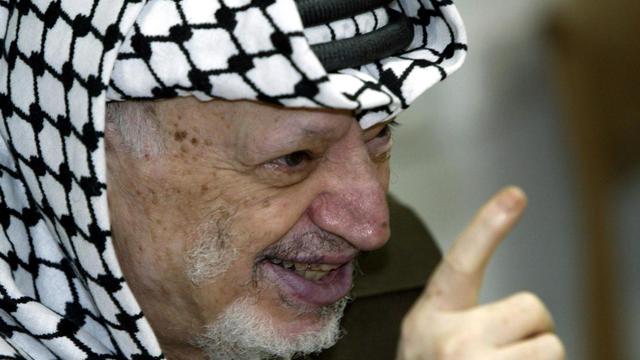 L'ouverture de la sépulture de Yasser Arafat pour réaliser des prélèvements sur sa dépouille, qui repose à Ramallah depuis sa mort en 2004, sera la prochaine étape décisive de l'enquête ouverte en France après la plainte de sa veuve soupçonnant un empoisonnement au polonium. [AFP]