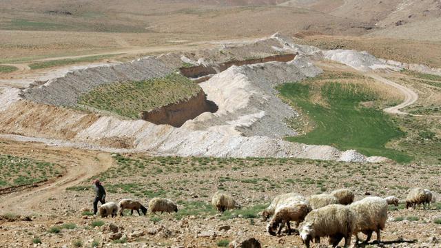 Vue partielle de la localité libanaise d'Aarsal, frontalière de la Syrie [Joseph Barrak / AFP/Archives]