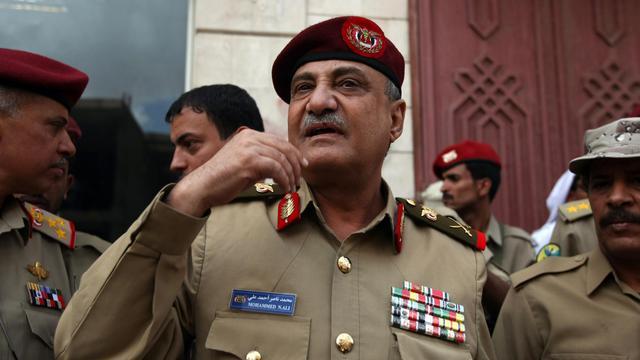 Le ministre yéménite de la Défense, Mohamed Nasser Ahmed, a échappé mardi à un attentat à la voiture piégée dans le centre de Sanaa qui a fait sept morts parmi ses gardes, ont indiqué des sources policière et militaire. [AFP]