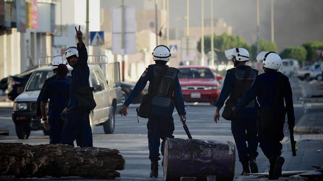 Des heurts ont opposé dans les villages chiites entourant Manama les forces de sécurité à des manifestants protestant contre la confirmation par une cour d'appel de lourdes peines à l'encontre de chefs de l'opposition, ont rapporté mercredi des témoins.[AFP]