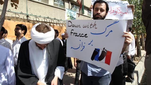 Manifestation anti-française le 20 septembre 2012 devant l'ambassade française à Téhéran [Atta Kenare / AFP]