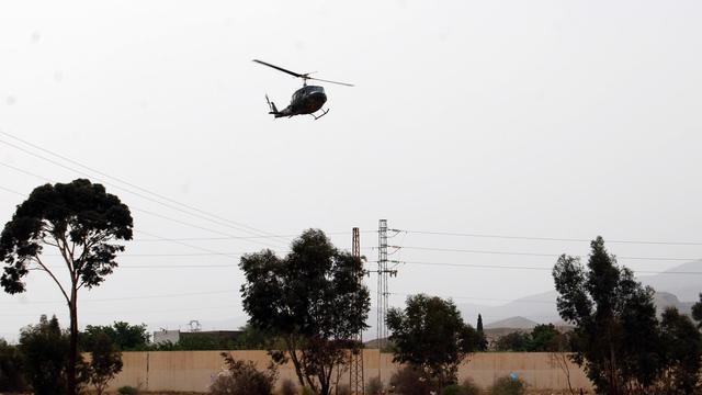 Un hélicoptère de l'armée tunisienne à la recherche de membre d'un groupe jihadiste au Mont Chaambi, le 3 mai 2013 [Abderrazek Khlifi / AFP/Archives]