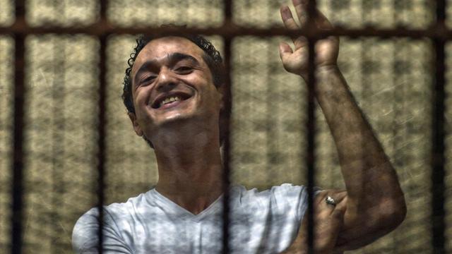Le jeune militant Ahmed Douma, pendant son procès au Caire, le 3 juin 2013 [Khaled Desouki / AFP/Archives]