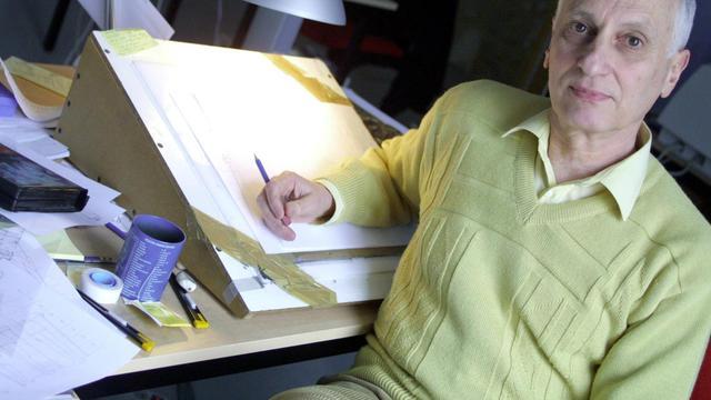 """Michel Ocelot? le 10 mars 2004 dans le studio """"Les Armateurs"""" à Angoulème [Alberto Bocos / AFP/Archives]"""