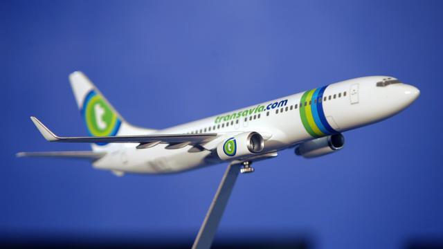 Une miniature d'un avion de la compagnie Transavia.com [Jacques Demarthon / AFP/Archives]