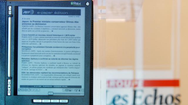 Les éditeurs de presse ont demandé au gouvernement un projet de loi pour que les moteurs de recherche les rétribuent pour l'utilisation de leurs contenus, ont annoncé mardi les patrons du Figaro, des Echos et du Nouvel Observateur. [AFP]