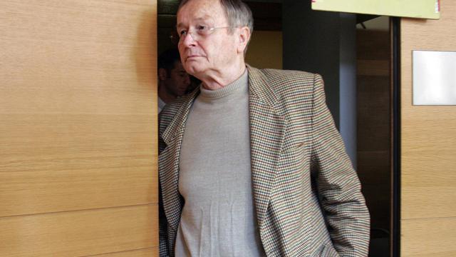 La commission de révision dira le 17 septembre si Jean-Maurice Agnelet, condamné à 20 ans de réclusion pour l'assassinat de l'héritière d'un casino de Nice disparue en 1977, Agnès Le Roux, obtiendra la révision de son procès.[AFP]
