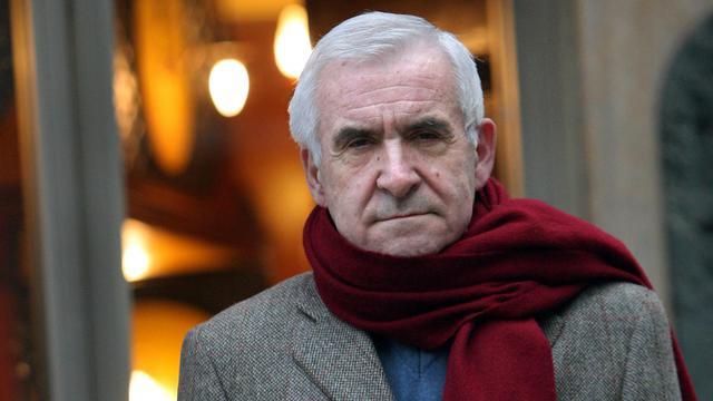 L'ancien directeur central des Renseignements généraux (RG) Yves Bertrand pose, le 21 janvier 2009 à Paris [Patrick Kovarik / AFP/Archives]