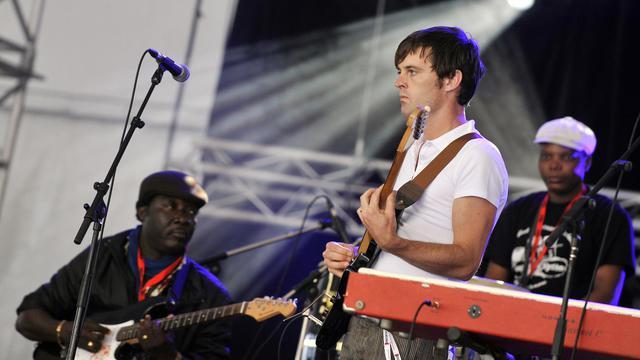 """La 14e édition du festival des musiques nouvelles Marsatac, fin septembre à Marseille, déborde la ville et lance une première """"offensive sonique"""" sur Nîmes avec toujours une pincée de hip hop, un soupçon d'électro et une rasade de rock indépendant. [AFP]"""