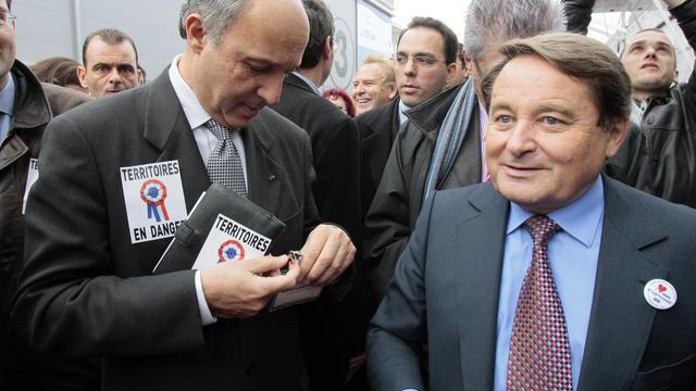 André Laignel (d), président du comité des finances locales, le 17 novembre 2009 à Paris [Jacques Demarthon / AFP/Archives]
