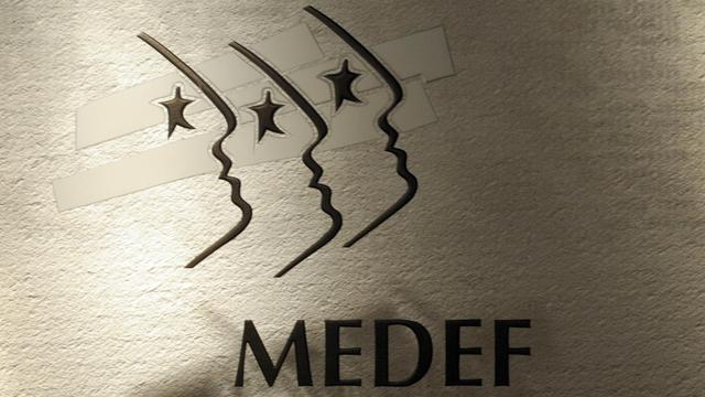 Le logo du Medef au siège de l'organisation patronale à Paris [Eric Piermont / AFP/Archives]