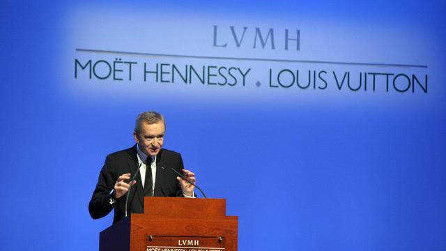 Le patron de LVMH Bernard Arnault en conférence de presse à Paris, le 4 février 2010 [Eric Piermont / AFP/Archives]