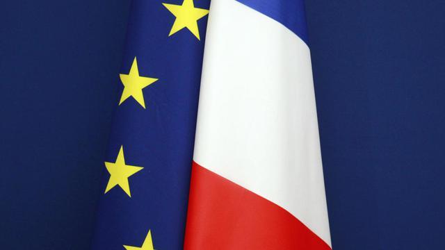les drapeaux français et européen [Joel Saget / AFP/Archives]