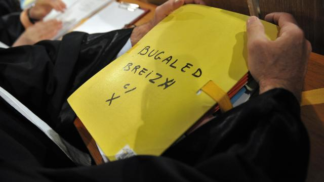 """Le dossier du naufrage du chalutier breton le """"Bugaled Breizh"""", le 1er juin 2010 au tribunal de Rennes [Fred Tanneau / AFP/Archives]"""