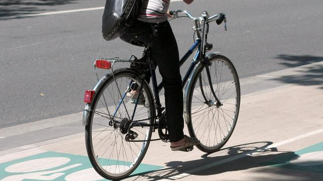 Dix kilomètres/heure: c'est la vitesse maximale à laquelle les usagers qui empruntent la piste cyclable de bord de mer de Cagnes-sur-Mer (Alpes-Maritimes) devront désormais rouler, sous peine d'une amende de 35 euros. [AFP]