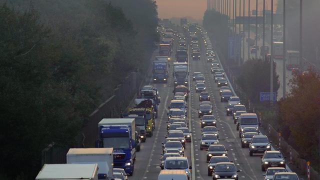 Des bouchons sur une route belge, en 2010 [Eric Lalmand / Belga/AFP/Archives]