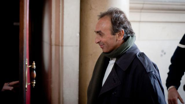 Eric Zemmour arrive le 14 janvier 2011 au tribunal de Paris